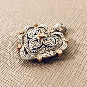 Antique Style White Gold Heart Pendant